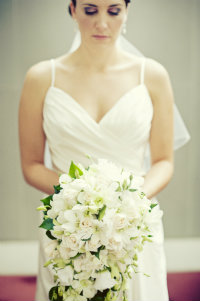 Beautiful-bride-with-bouquet